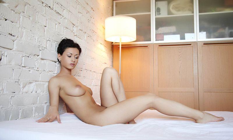 Фото девушек голых с короткой стрижкой